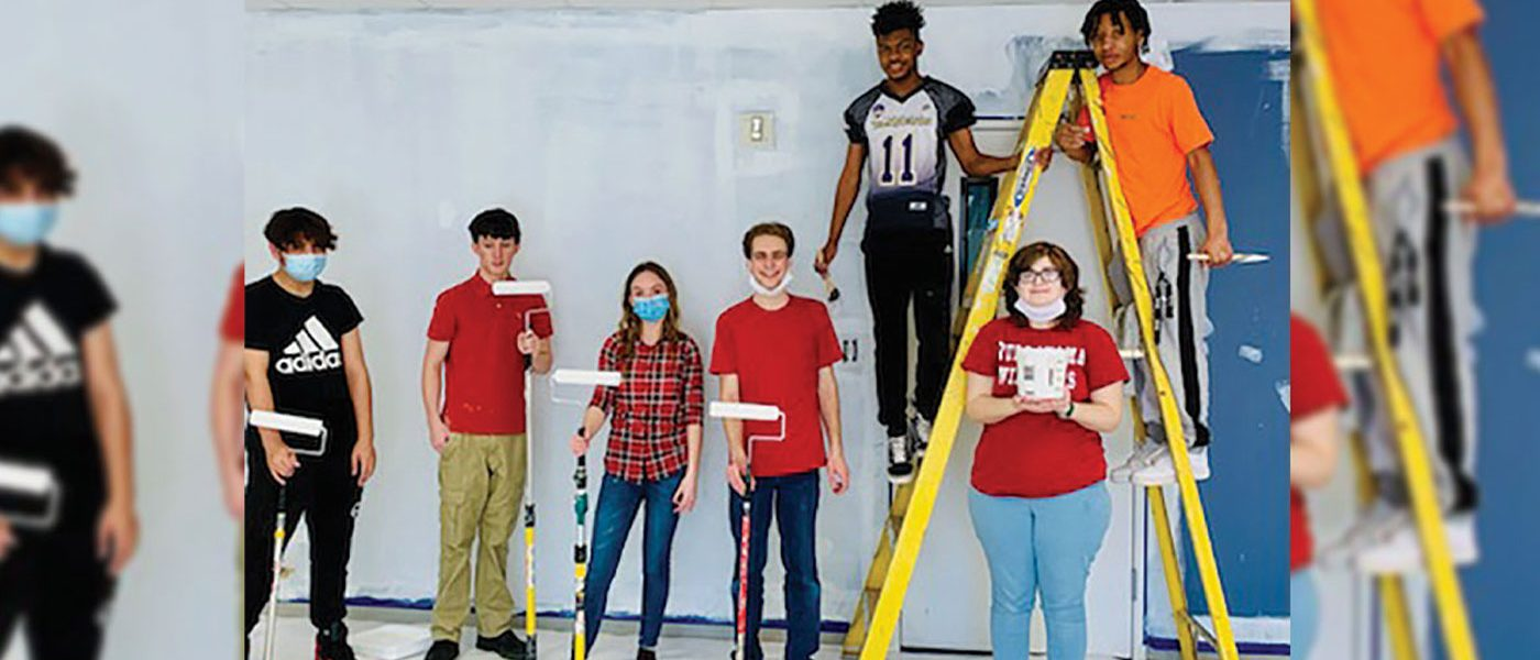 HIGHLAND ACADEMY STUDENTS EXTEND COMMUNITY SERVICES